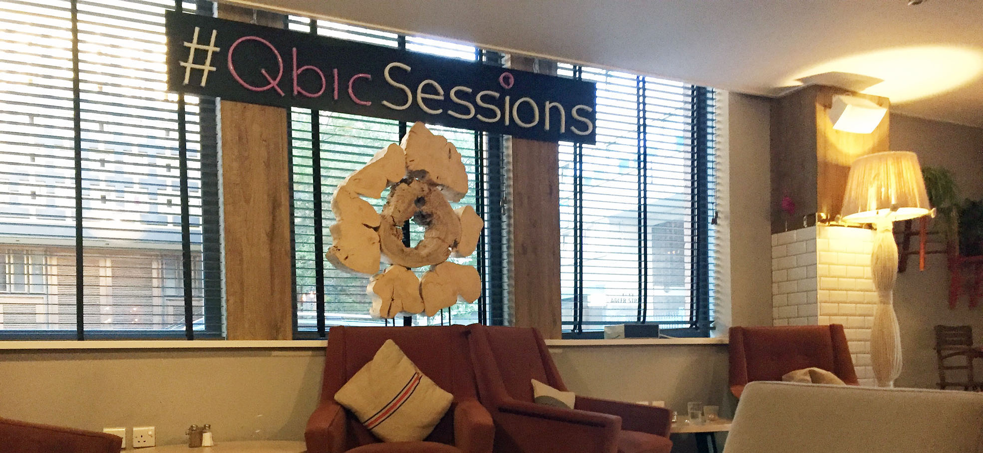 Hotelreview qbic hotel london tips4travellers for Qbic london