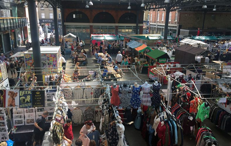 Shopping in der Markthalle: Old Spitalfields Market.